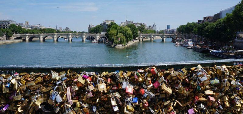 pont des amours, poids du serment