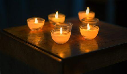 bougies pour réciter un mantra