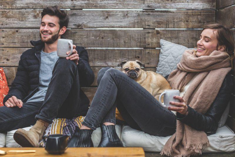 Le couple Hygge, l'art d'être heureux